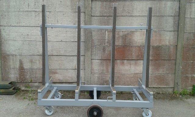1800 Loose Load Barrow